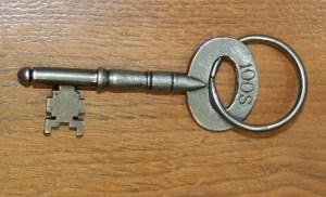 100 key