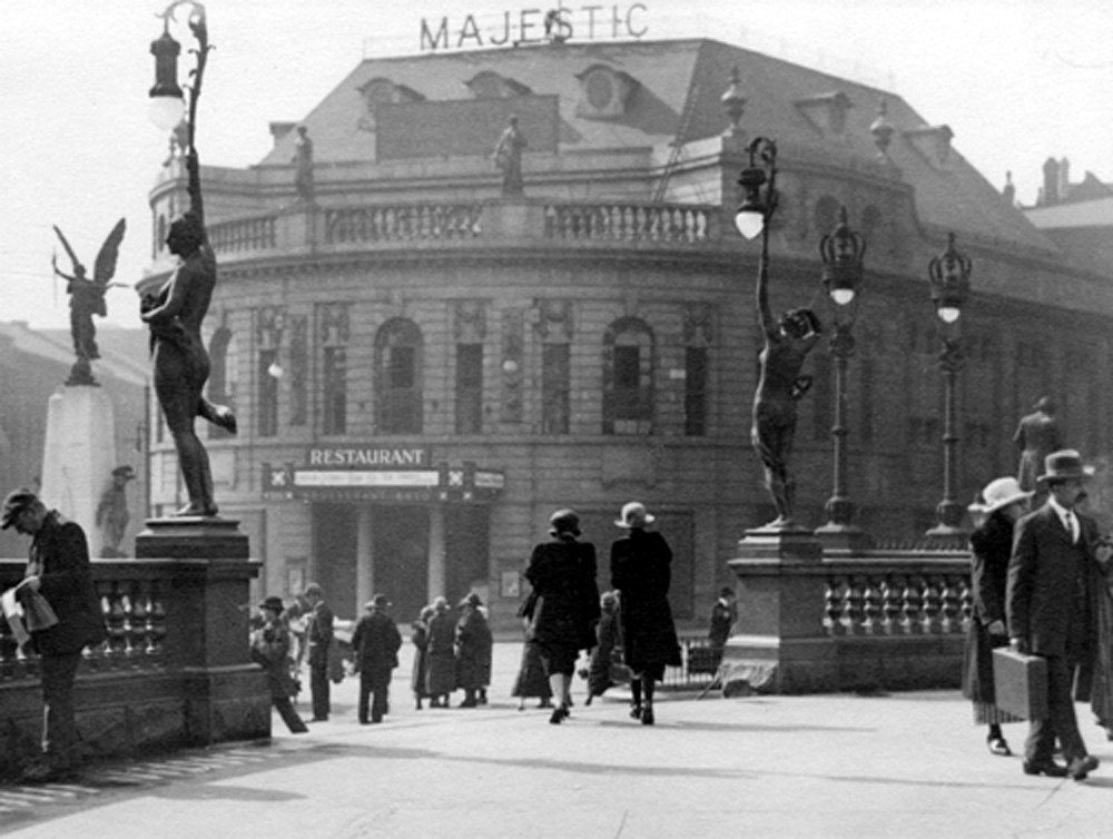 1923 view from City Square