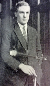 Sidney Errington pictured in The Palm, April 1924 (p.7)