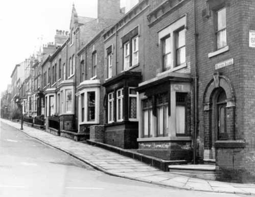 18th May 1966. View of Hanover Square from the junction with Hanover Mount, showing terraced housing in descending order from no.24 on the right (c) H. Ainscough