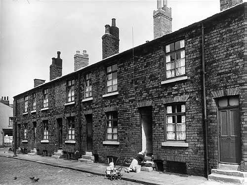 Back to back terraced housing, 1940s